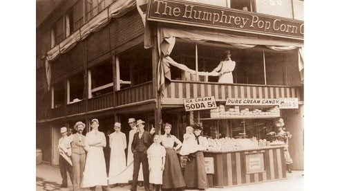 The Humphrey Company store in Cleveland's Public Square in the 1890s.