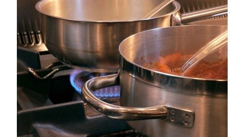 pots_on_stove-491b167f26b0a31e490baa2751182fd0