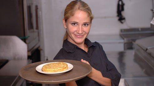 restaurant_server-387a7101c78a5af9ec4e4a152faff3b1