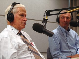 Former Texas Congressman Charlie Stenholm (l) and OFBF President Brent Porteus (r)