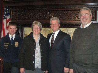 2011_Ag_Day_At_the_Capital_HARR_SMALL_040