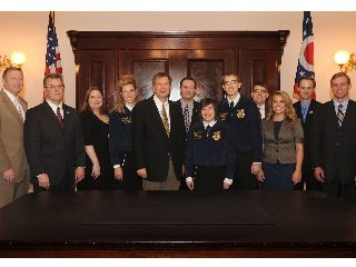 Gov. John Kasich joined OFBF staff and others when he signed a bill establishing Ohio Agriculture Week.