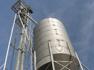 A grain bin and silo entrapment seminar will be held July 30 in Farmdale.