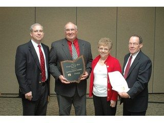 Knollman Farms, of Hamilton, Ohio, received the 2011 Ohio Livestock Coalition (OLC) Neighbor of the Year Award.