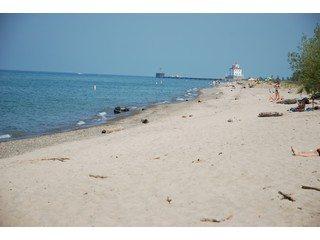 Lake_Erie_320x240
