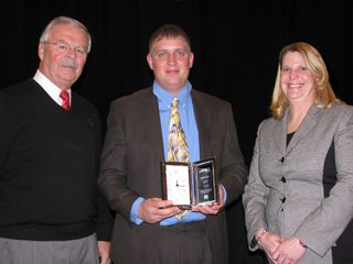 (Pictured l to r) Jack Fisher, OFBF executive vice president, Mr. Flax and Sandy Kuhn, AgriPOWER director.