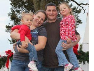 Roshelle & Derek Rowe & Family