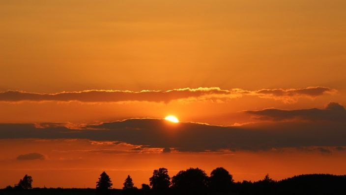 sunset-1053460_1920