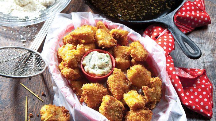 crispy-walleye-bites-w-remoulade-sauce
