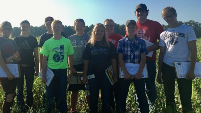 Norwayne soil judging team