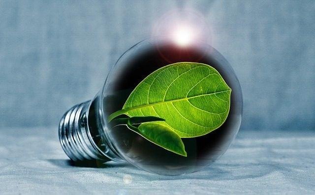 light-bulb-2631864_640